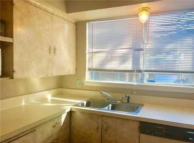 Sold Property | 1722 Addington Street Irving, Texas 75062 8