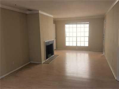 Sold Property | 4035 Holland Avenue Dallas, Texas 75219 2