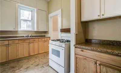 Sold Property | 6011 Worth Street Dallas, Texas 75214 12