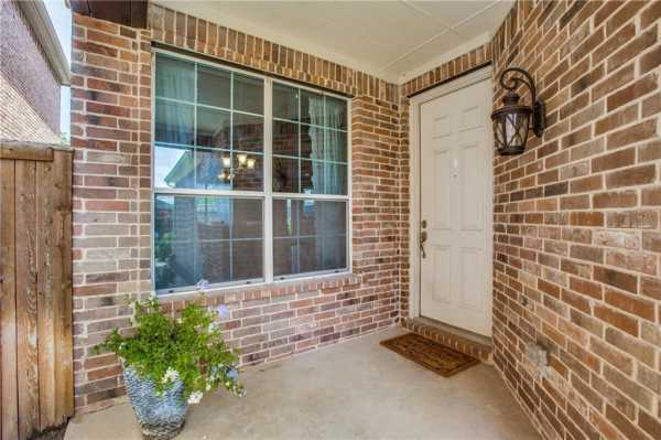 DFW Real Estate   2332 Janna Way Carrollton, Texas 75006 4