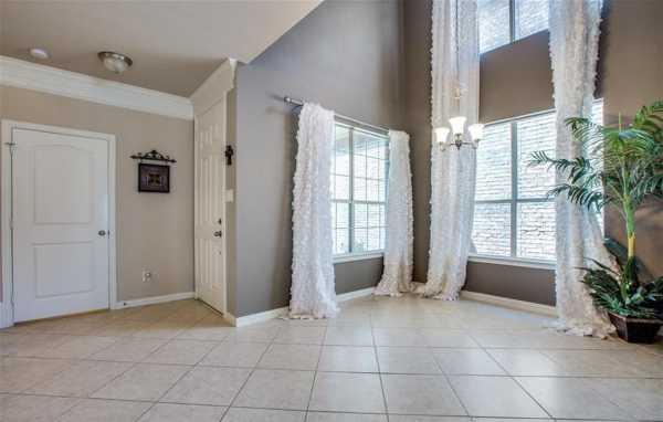 DFW Real Estate   2332 Janna Way Carrollton, Texas 75006 6