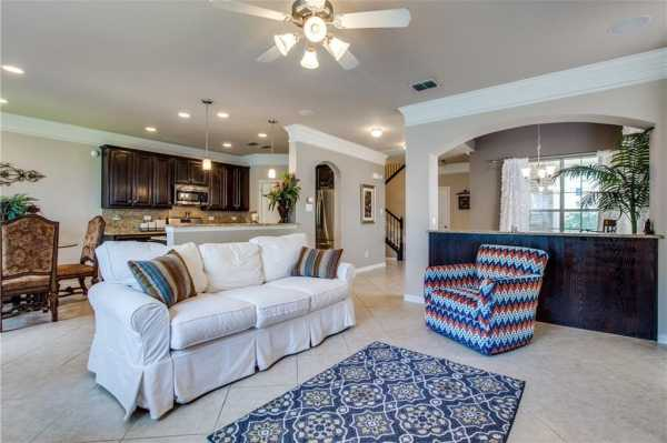 DFW Real Estate   2332 Janna Way Carrollton, Texas 75006 9