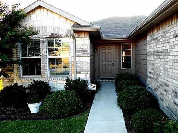 Sold Property | 717 Lark Drive Aubrey, Texas 76227 1