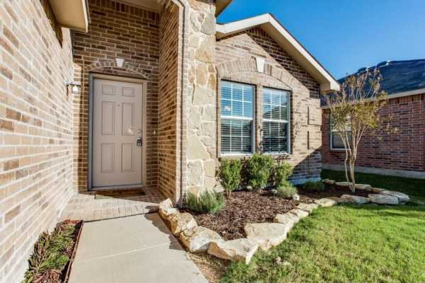 Sold Property | 14812 Hunter Drive Little Elm, Texas 75068 2