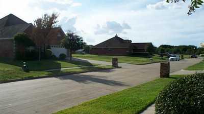 Sold Property   205 Baker Drive Ennis, Texas 75119 2